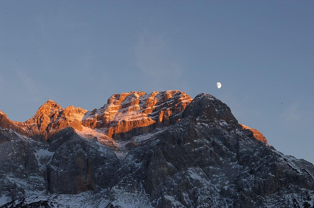 The beautiful peaks of the<b> Brenta Dolomites</b>